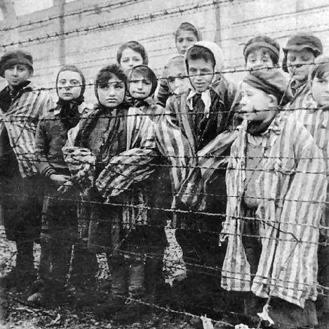 Victimele Holocaustului au fost comemorate la Muzeul de Istorie şi Arheologie Prahova