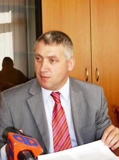 """Senatorul dâmboviţean Adrian Ţuţuianu e încrezător că partidul nu se va rupe după Congres: """"PSD nu se va scinda. Vom rămâne uniţi!"""""""