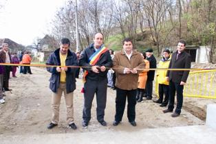 Pod nou în satul Şipot din comuna Pietrari