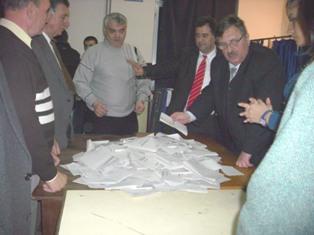 Ialomiţa – Geoană – 55,85%, Băsescu – 44,14%