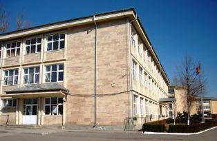 """Liceul """"Al. Ioan Cuza"""", din Slobozia, închis din cauza gripei"""