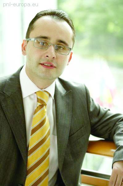 Prahova – Europarlamentarul Cristian Buşoi: Iniţiativa privată trebuie să fie prioritară în economie