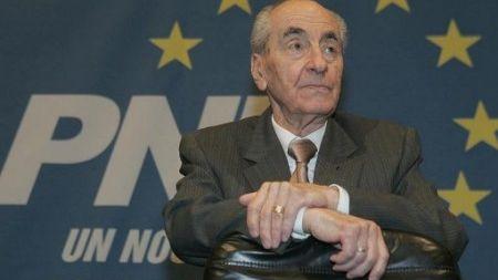 Prahova – Petrecere surpriza pentru presedintele de onoare al PNL, Mircea Ionescu Quintus