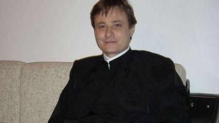 PDL sprijina la Primaria Buzau candidatura independenta a unui preot