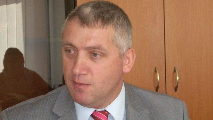 Dambovita – USL acuza ca in sediile a doua primarii s-au gasit galeti si tricouri inscriptionate cu PDL