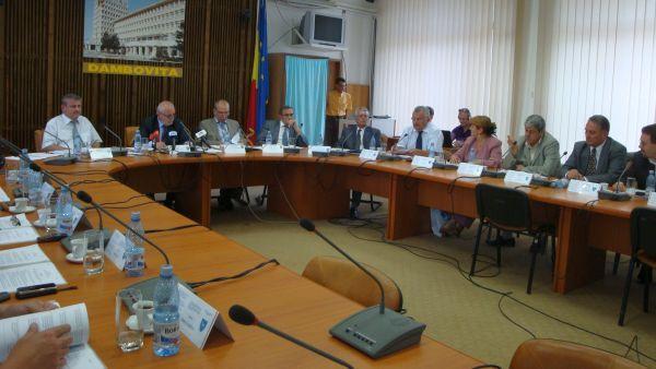 Reprezentantii USL si-au dat demisia din Consiliul Judetean Dambovita
