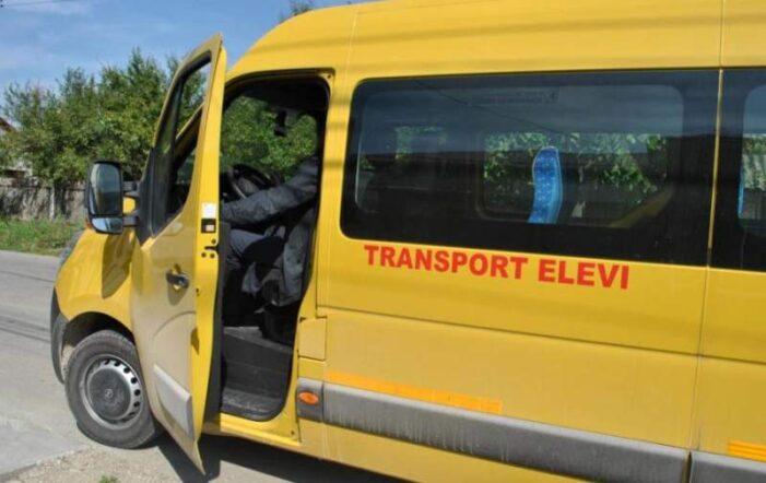 Un microbuz în care se aflau 11 copii, implicat într-un accident la Ploieşti