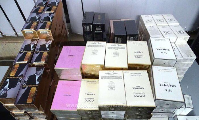 Poliția de Frontieră Giurgiu a confiscat 1.152 articole textile și produse de parfumerie contrafăcute în valoare de 240.050 lei