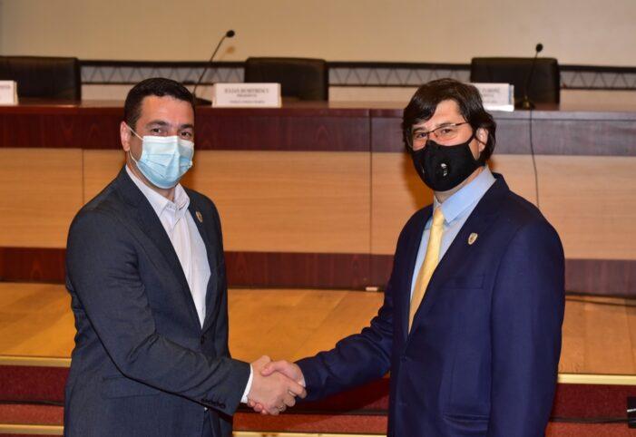 Cei doi vicepreşendinţi ai Consiliului Judeţean Prahova, au fost infectaţi cu COVID-19
