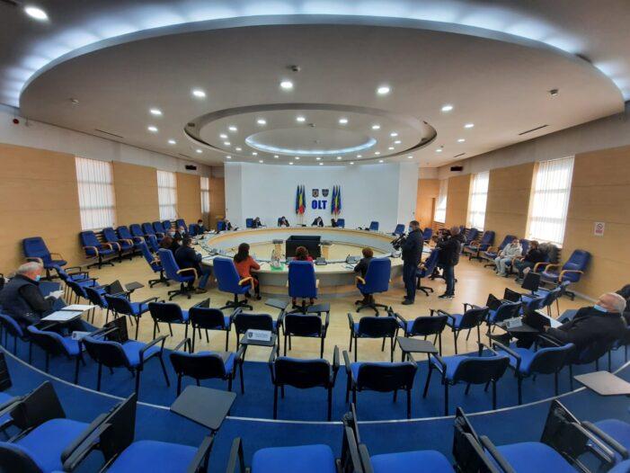 Consiliul Județean Olt a alocat bani pentru plata salariilor angajaților de la DGASPC