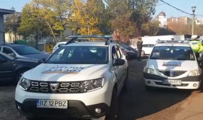 Buzău: Un poliţist local de 48 de ani implicat în verificarea persoanelor aflate carantină a murit după ce s-a infectat cu COVID 19